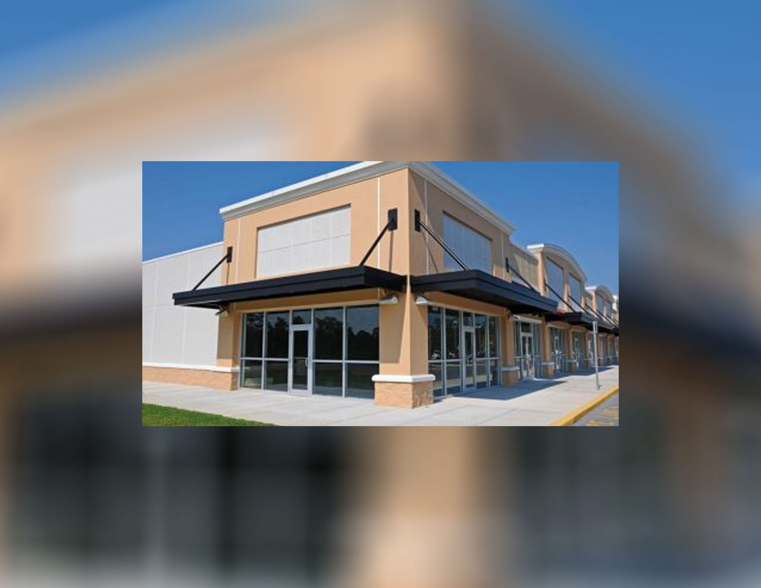 Advantages of Retractable Awning System