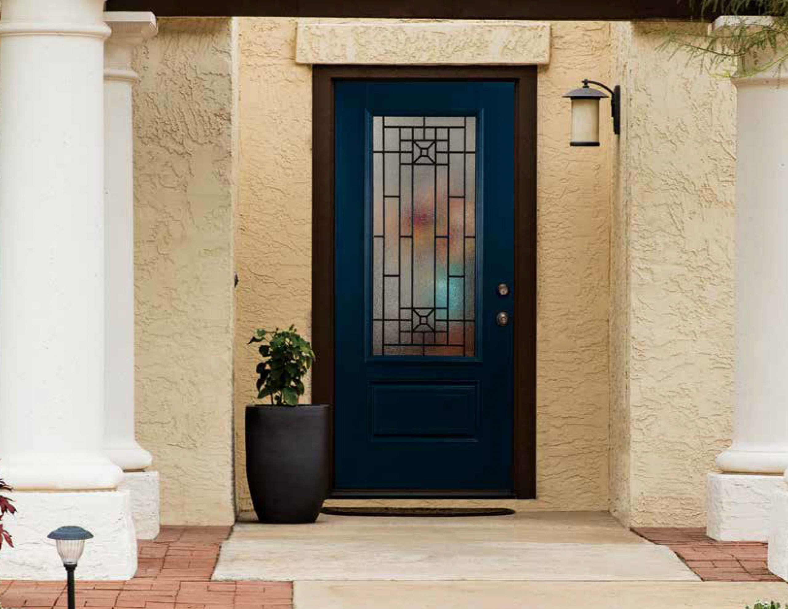 A Brief Guide to Fixing Your Entry Doors for a Classy Exterior
